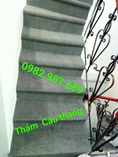 Thảm cầu thang màu xám NA02